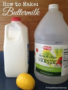No buttermilk on hand for that recipe? Read--How to Make Buttermilk. Very easy and you probably have the ingredients on hand. I have done this many times. Buttermilk Substitute, How To Make Buttermilk, Buttermilk Recipes, Homemade Buttermilk, Baking Tips, Baking Videos, Baking Hacks, Kitchen Hacks, Diy Food