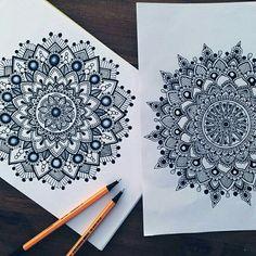 Likes, 55 Comments - Simran Savadia Mandala Art Lesson, Mandala Doodle, Mandala Artwork, Mandala Drawing, Doodle Art, Drawing Drawing, Zentangle Drawings, Zentangle Patterns, Zentangles