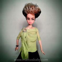 BONECOS DO BABY: Boneca Beatriz Segall como Odete Roitman by Marcus Baby => http://www.bonecosdobaby.blogspot.com.br/2015/07/boneca-beatriz-segall-como-odete.html