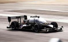 Tecnoneo: DevBot de Roborace es el primer coche de carreras de auto-conducción totalmente funcional