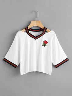 Cut Out Neck Rose Patch Contrast Trim Tee