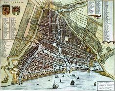 Blaeu-1652 De Stadsdriehoek is het eigenlijke centrum van Rotterdam. De naam Stadsdriehoek verwijst naar de historische driehoekige vorm van de stad Rotterdam, die werd begrensd door de Coolvest en de Schiedamsevest in het westen, de Goudsevest in het noordoosten en de Nieuwe Maas in het zuiden.
