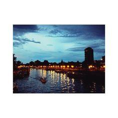 """""""Medianoche en Paris""""  Tengo un problema con los atardeceres #photography #sunset #Tigre #boat Instagram Posts"""