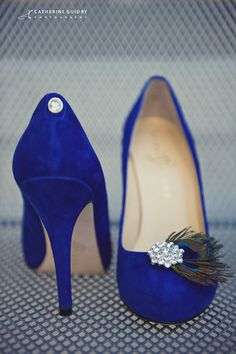 Fabulous Blue Wedding Shoes <--shoe clips added for interest!