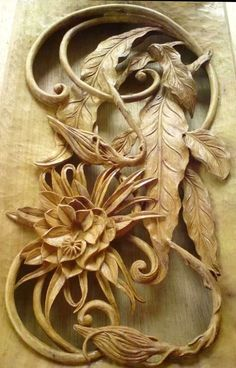 Chip Carving, Wood Carving Art, Bone Carving, Wood Art, Wood Carvings, Moldings And Trim, Carving Designs, Stencil Patterns, Fruit Art