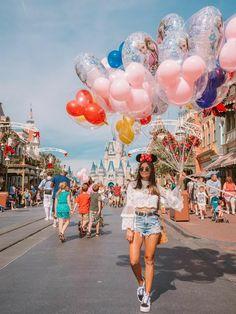 The story revolves around Elena, the oldest daughter who starts . - The story revolves around Elena, the oldest daughter who starts … # fic … – # - Disney World Outfits, Disney World Fotos, Disney World Pictures, Cute Disney Pictures, Cute Photos, Disney Couple Outfits, Disneyland Photography, Disneyland Photos, Disneyland Outfits