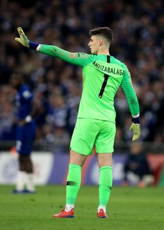 Kepa Arrizabalaga of Chelsea reacts as Maurizio Sarri tries to substitute him during the Carabao Cup Final between Chelsea and Manchester City at Wembley Stadium on February 2019 in London,. Get premium, high resolution news photos at Getty Images Fc Chelsea, Chelsea Football, Rugby Players, Football Players, Maurizio Sarri, Chelsea Players, Soccer Guys, Football Quotes, Goalkeeper