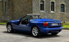 Bmw Z1 Roadster (E30 based) (1989–1991)   Someday Classics Bmw Z1, E30, Bmw Cars, Car Ins, Convertible, Classic Cars, German, Super Cars, Autos
