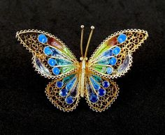 Plique a Jour Butterfly Brooch 800 Silver Lovely Colors, from Grapenut Glitz. Insect Jewelry, Butterfly Jewelry, Bird Jewelry, Enamel Jewelry, Jewelry Art, Antique Jewelry, Jewelery, Jewelry Accessories, Vintage Jewelry