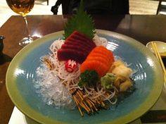 El Glotoncito Gourmet Club: 5 japoneses recomendados en Madrid (Centro). Sashimi de atún y salmón. 19 Sushi Bar