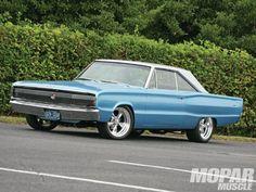 1966 Dodge Coronet - Amazing Grace - Mopar Muscle Magazine