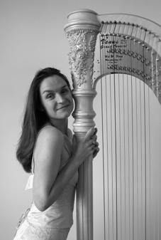 Ruth Kenyon ARCM Harpist