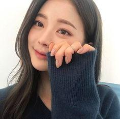 Designer Clothes, Shoes & Bags for Women Korean Girl, Asian Girl, Bora Lim, Uzzlang Girl, Pretty Asian, Cute Girl Face, Korean Makeup, Belleza Natural, Best Face Products