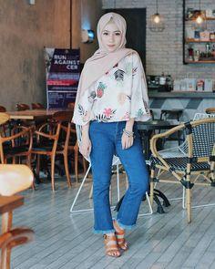Hijab Outfit, Hijab Fashion, Women's Fashion, Islamic Fashion, Hijab Stile, Beautiful Hijab, Muslim Women, Fashion Inspiration, Blouse