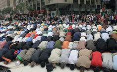 اگلی نصف صدی اسلام کے غلبے کی صدی ہے   منوں بھائی  Islam Islam fastest growing religion Islam in Europe Islam in United States Muslims World