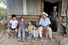 El Salvador - Family Life #reachculture #timberlinemissions