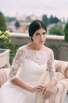 208f6127221a 11 fantastiche immagini su Collezione vestiti da sposa Jarice 2017 ...