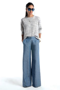 Love the wide leg pants with the slouchy sweatshirt.