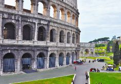 Walking tours!! VIP Early Access Colosseum Tour - No Line No Crowd!