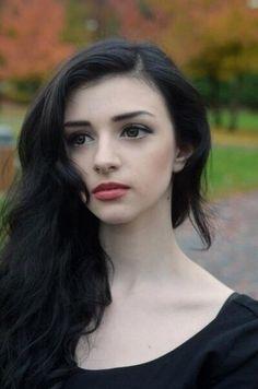 Mila Mortice - Google Search Skinny Love, Character Inspiration, Character Ideas, Punk Goth, Girls Dpz, Dark Fashion, Visual Kei, Female Models, Black Hair