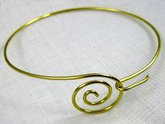 Rena Klingenberg lists info and tutorials on jewelrymakingjournal.com