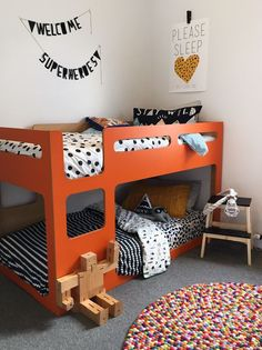 Nice Modern Kids Rooms with Bunk Beds - Petit & Small Bunk Beds For Girls Room, Kid Beds, Kids Bedroom, Kids Rooms, Childrens Bedroom, Modern Bunk Beds, Cool Bunk Beds, Modern Kids, Modern Room