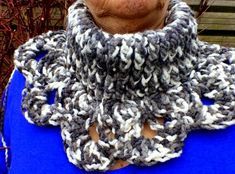 kol sjaal poncho, gehaakte kolsjaal poncho, gehaakte poncho, gehaakte kolponcho, haakpatroon kolponcho, gratis haakpatroon kolponcho, haakpatroon kol sjaal poncho, col shawl poncho, crochet col shawl poncho