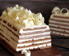 Tarta de galletas Queso y chocolate blanco Pinterest: @lombastic  ⊱✧MöōnIığth✧⊰