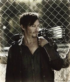 Daryl Dixon, my god norman reedus is beautiful.