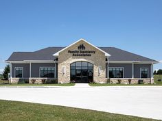 Building Design Plan, Building Exterior, Building Ideas, Chiropractic Office Design, Law Office Design, Optometry Office, Daycare Design, Hospital Design, Family Dentistry