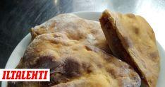 Täytetty pizza eli calzone on täydellinen herkku leffailtaan. Calzonen rapea kuori kätkee sisäänsä mehevät täytteet, jotka voi valita makusi mukaan. Calzone, Pizza, Meat, Chicken, Buffalo Chicken, Cubs