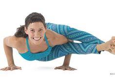 4 Steps to Master Eight-Angle Pose (Astavakrasana)