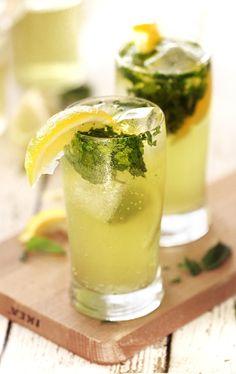When life gives you lemons. #limoncellomojito #bringonspring #refreshingcocktails