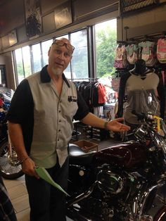Joe in Sales would like to show you this lovely bike!