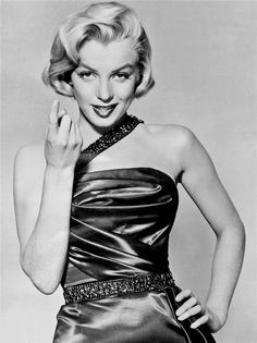Marilyn in a publicity photo for How To Marry A Millionaire, 1953.