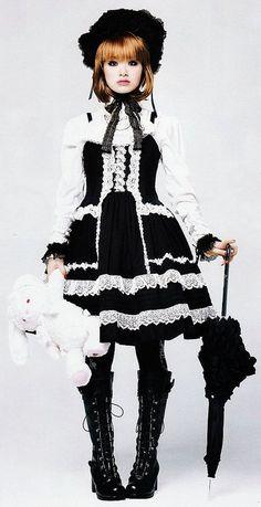 A 22 year old girl with a love of cats, vintage stuff, and old school lolita. Harajuku Fashion, Japan Fashion, Lolita Fashion, Gothic Fashion, Lolita Cosplay, Glam Rock, Estilo Harajuku, Estilo Lolita, Grunge