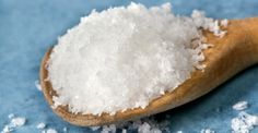 The Salt Crave -- Mini-series dealing with those most-ridiculous cravings and what they may mean for your body. Acne Spot Treatment, Croatian Recipes, Homemade Cleaning Products, How To Get Rid Of Acne, Green Cleaning, Natural Cosmetics, Health And Wellbeing, Cleaning Hacks, Body Care