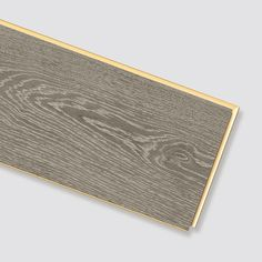 Parchet laminat Stejar Waltham gri EPC006 Egger are un aspect nobil de stejar, cu noduri și flori de culoare elegantă, gri.Pardoseala Egger PRO Comfort este confortabilă, silențioasă și durabilă. Culoarea modernă gri face ca pardoseala cu fibre lemnoase naturale să aibă un efect clasic și este ideală pentru stilul de locuit atemporal. Formatul lat pune în valoare podeaua rustică. Teșitura pe t... Card Holder, Wallet, Grey, Modern, Cards, Gray, Rolodex, Trendy Tree, Maps