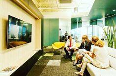 Os funcionários começaram a se familiarizar com a nova sede da Cetelem, em Alphaville perto de São Paulo, realizada pela Arealis ! #arquitetura #arquiteturacorporativa #architecture