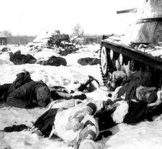 Fallen Soviets an KO'ed tanks on East front perhaps in winter 1941-42