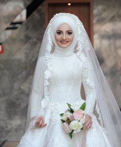 fashion hijab Fashion Hijab Mariage : Not - fashion Hijabi Wedding, Muslim Wedding Gown, Wedding Hijab Styles, Muslimah Wedding Dress, Disney Wedding Dresses, Muslim Brides, Pakistani Wedding Dresses, Bridal Dresses, Wedding Gowns