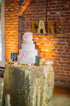 wedding cake table gold sequin table cloth