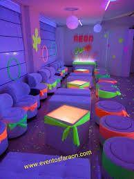 torta de quince años de neon - Buscar con Google