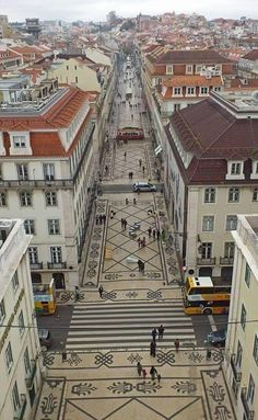 The great view from the top of the arch on Rua Augusta in downtown Lisbon. Believe it or not at the top centre of the pic you can spot the elevator hostel!