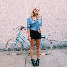 Summer BBQ blues with my big blue bike from @brooklynbikeco
