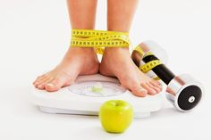 Tiga Siku - Menurunkan berat badan mungkin terasa berat bagi mereka yang kegemukan. Padahal, berat badan yang ideal akan menjauhkan kita dari penyakit kronis.Untuk mendapatkan tubuh yang sehat, ternyata orang gemuk hanya perlu menurunkan sekitar 5 persen dari bo