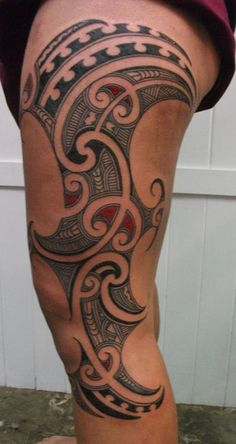 Check out Crazy maori tattoo or other maori thigh tattoo designs that will blow your mind, tattoo ideas that will be your next inspiration. Maori Tattoos, Tattoos Bein, Ta Moko Tattoo, Samoan Tattoo, Life Tattoos, Tribal Tattoos, Polynesian Tattoos, Lower Stomach Tattoos, Small Henna Tattoos