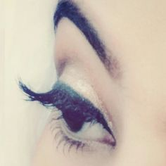 Eye Aesthetic Eyes, Smart Girls, Pretty Eyes, Halloween Face Makeup, Stylish, Unique, Photography, Meme, Photograph