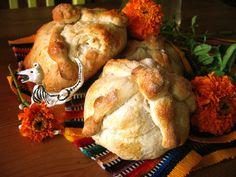 Traditional Pan de Muerto recipe!