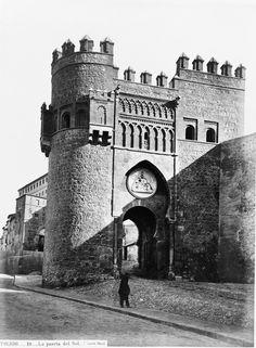 Toledo, Puerta del Sol.
